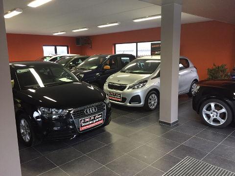 Showroom voitures d'occasion